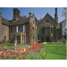 Chenies Manor, Buckinghamshire 500 piece puzzle